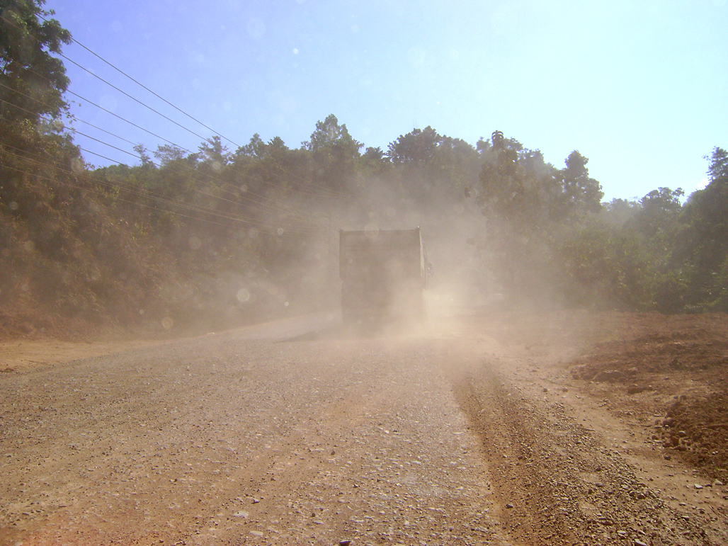 The dusty road to Vientiane